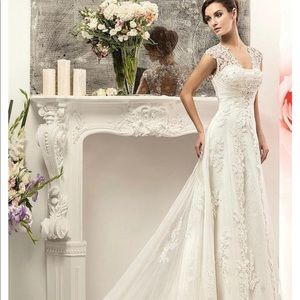 Dresses & Skirts - A Line Wedding Gown